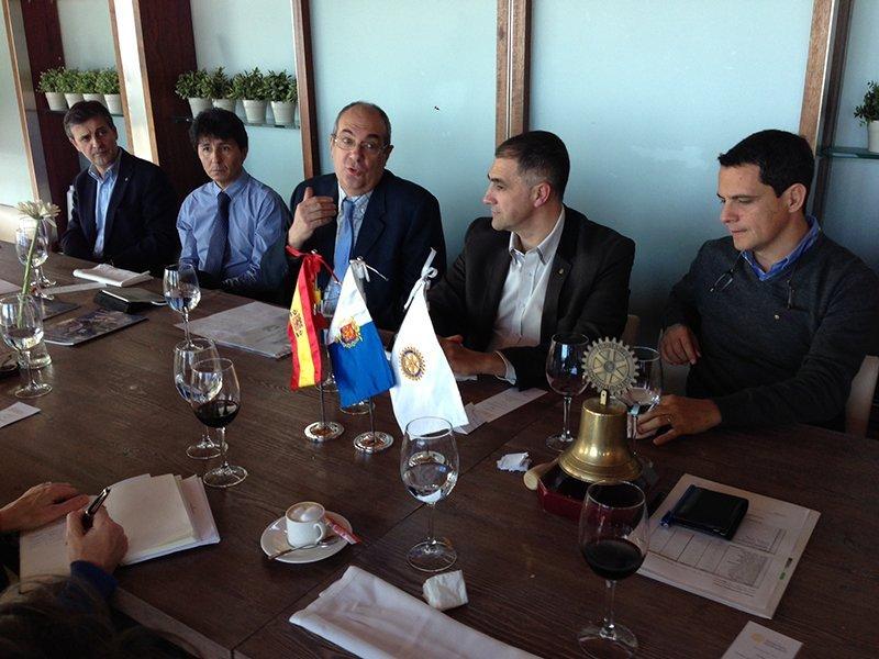 Paco Sauco (Teléfono de la Esperanza) - Conferencia en Rotary Club Alicante Puerto